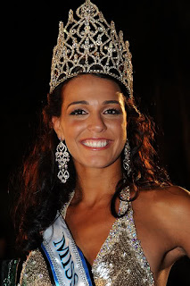Kaiane Aldorino is the new Miss World 2009