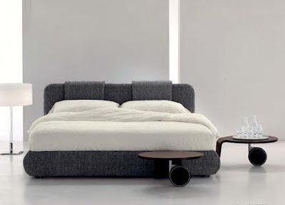 Contemporary Pad Basso Bed Design by Bonaldo