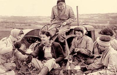 Tractor Women