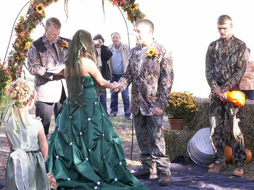 camo wedding themes