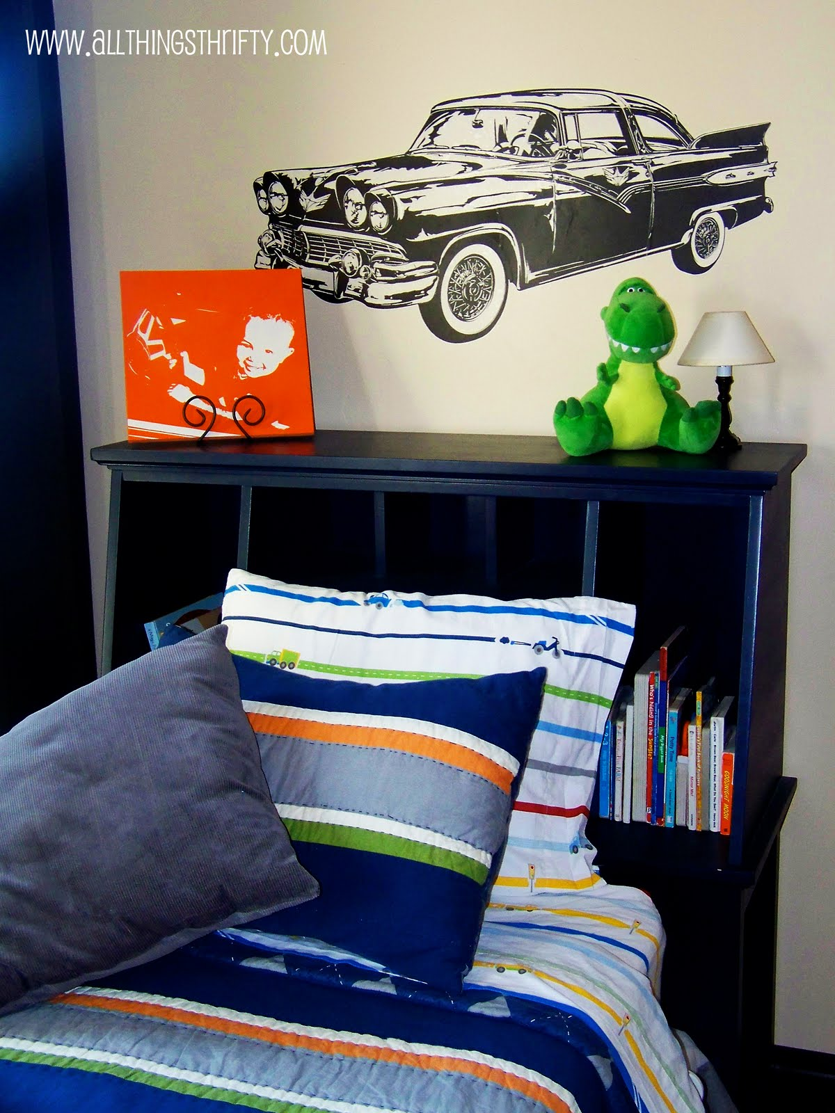 little boy s room bedroom decor. Black Bedroom Furniture Sets. Home Design Ideas