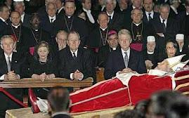 Krolewski pogrzeb Jana Pawla II