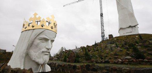 Spiegel publikuje zdjecie Statuy Jezusa w dniu otwarcia Centrum Kopernika