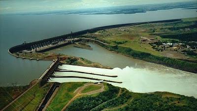 Arial view of the Itaipu Dam