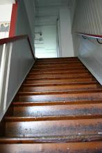 en trappa upp hittar du...