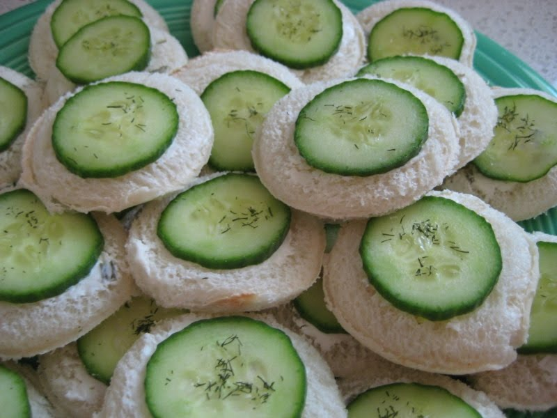 can totally make that: Favorite Friday Recipe: Cucumber sandwiches