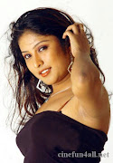 Sheena shahabadi the hot girl from the south (hot archana susheelan )