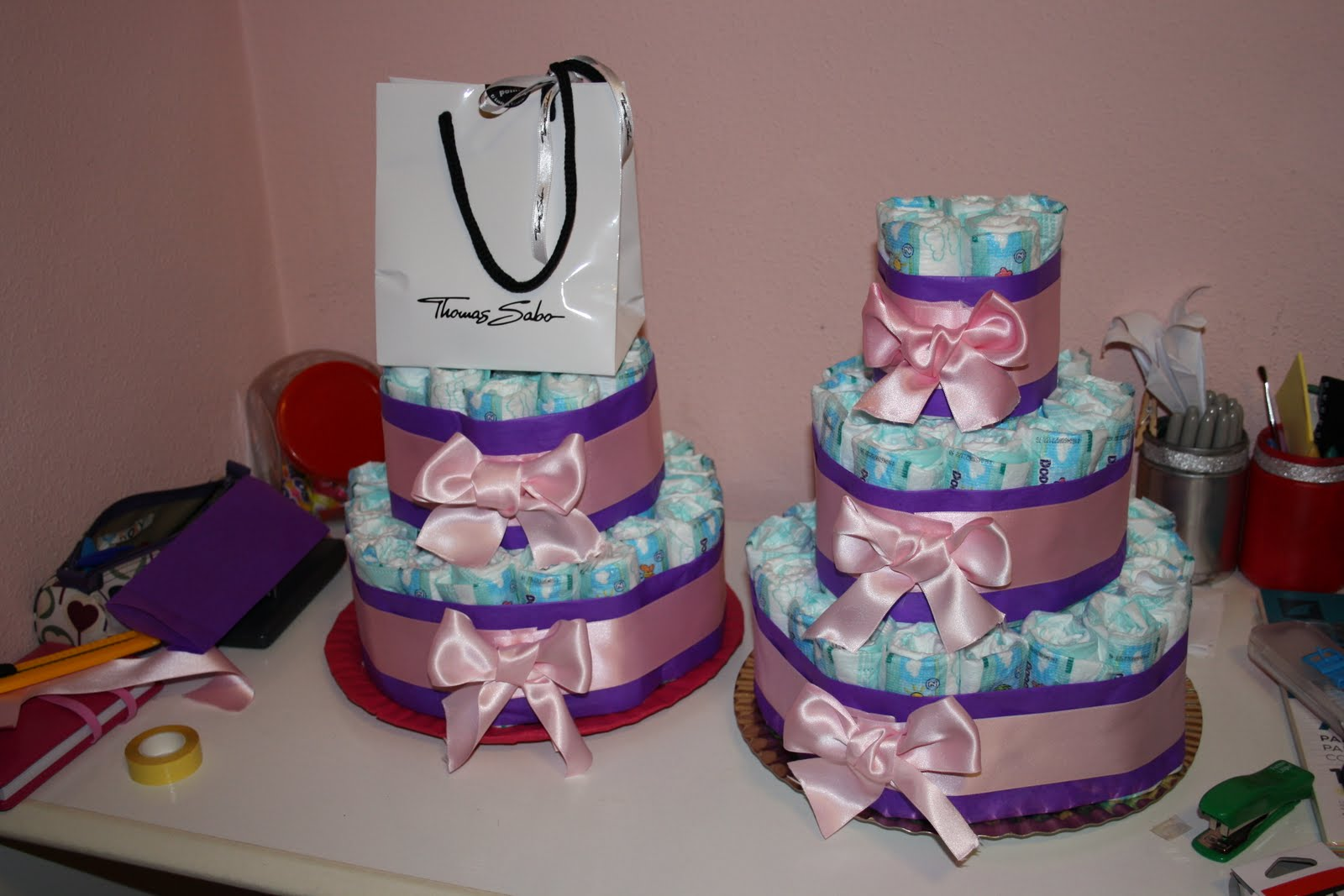 Como decorar para un baby shower for Como decorar un bizcocho