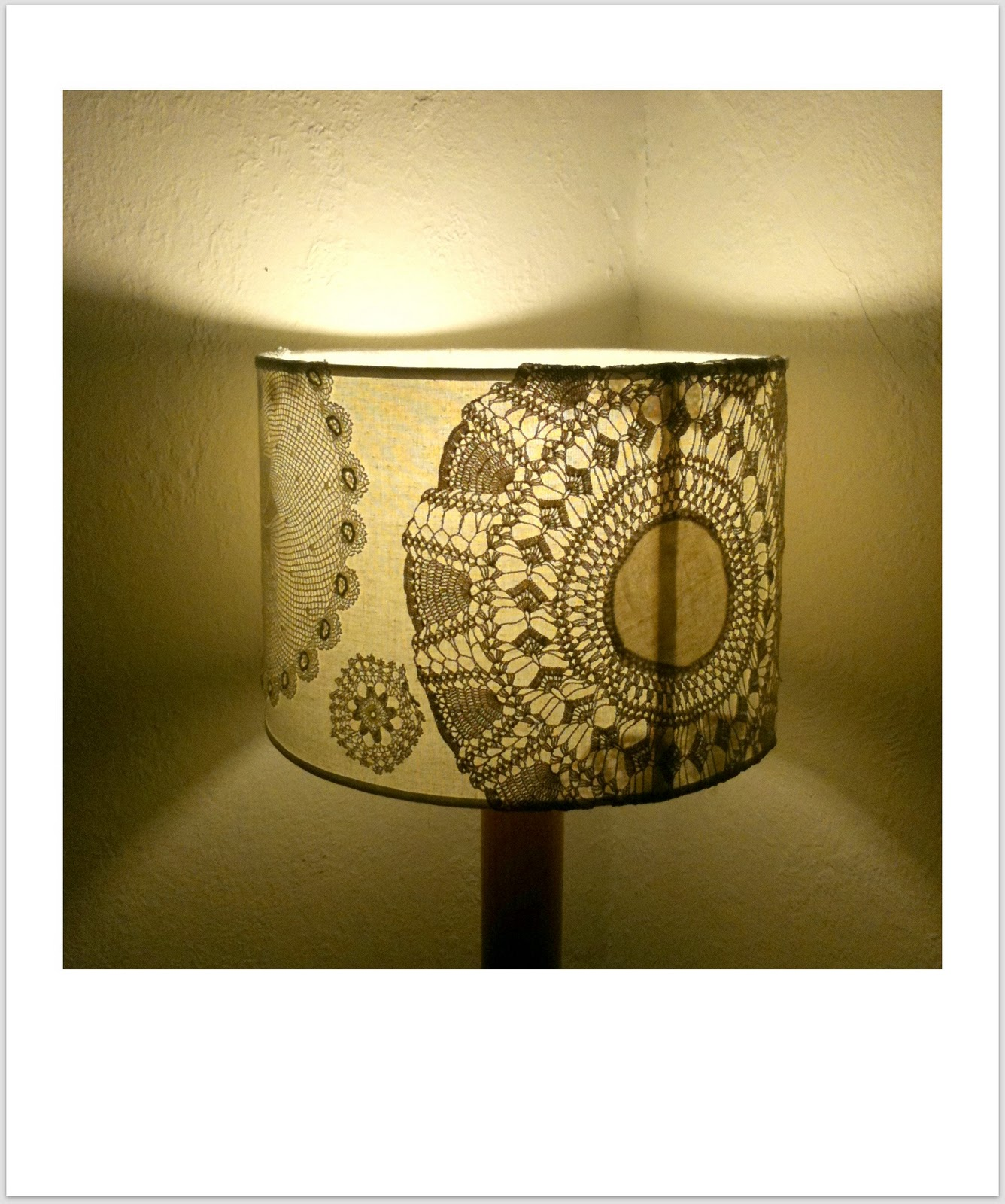 Curbside style hello again friends oh and a crochet doily lamp step 3 carefully place the doilys on to your shade sticky side down pressing them down firmly as you go leave to dry overnight and arubaitofo Images