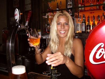hot bartenders 01 Recopilación de fotos de camareras