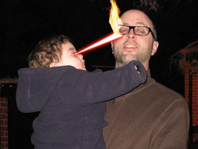 FOTO] Bayi Super Dengan Mata Bionik