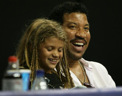 Lionel  Richie and daughter