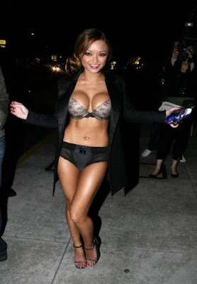 Celebrities Before And After Boob Jobs