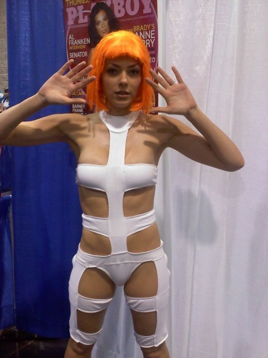 adrianne curry playing sci fi dress up damn cool pictures