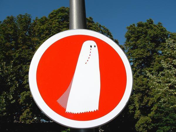 [Fake_Street_Signs_36.jpg]