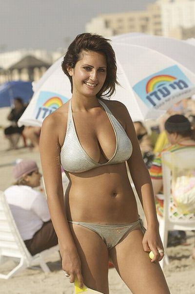 Hot Israeli Girls On Beach