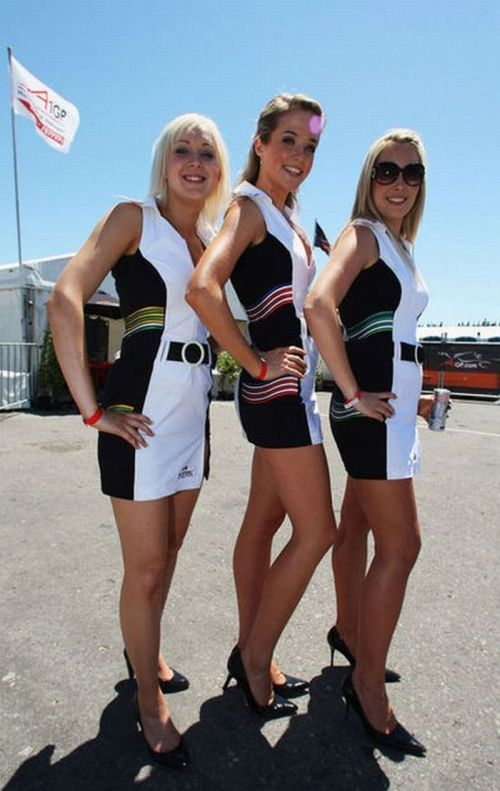 http://3.bp.blogspot.com/_mmBw3uzPnJI/S_vAW2ZaZcI/AAAAAAABSOk/KpNPHWSrW2s/s1600/Formula1_Pit_Babes_20.jpg