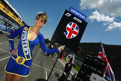 http://3.bp.blogspot.com/_mmBw3uzPnJI/S_vApxTihcI/AAAAAAABSPs/s0fEezdYN6I/s1600/Formula1_Pit_Babes_11.jpg
