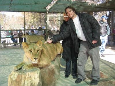Kebun Binatang Paling Berbahaya di Dunia - Lujan Zoo16