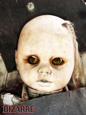 ... ini gambar foto pulau hantu boneka yang bisa bikin
