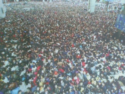 crowded train stations in china 03 Inilah Antrian Terpanjang di Dunia !