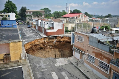 A Giant Sinkhole or Gates to Hell in Guatemala Seen On www.coolpicturegallery.net