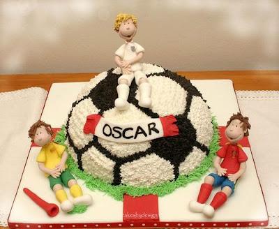 فن الحلويات Creative_cake_designs_47