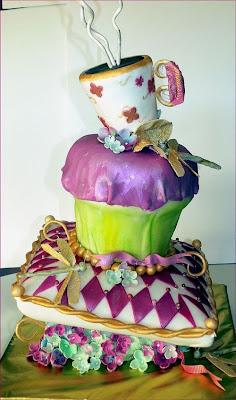 فن الحلويات Creative_cake_designs_23