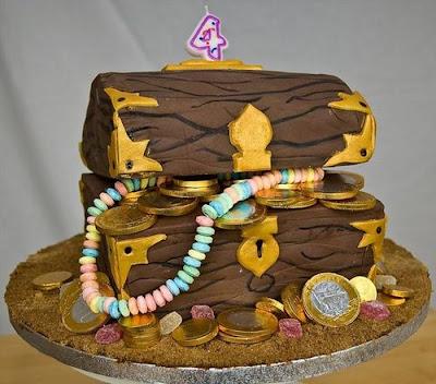 فن الحلويات Creative_cake_designs_37