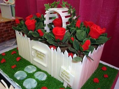 فن الحلويات Creative_cake_designs_10