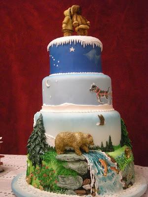 فن الحلويات Creative_cake_designs_01