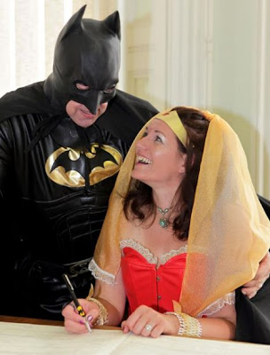 Batman Marries Wonder Woman Seen On www.coolpicturegallery.net
