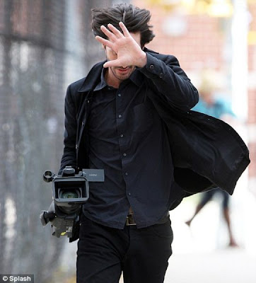 Happy Keanu Seen On www.coolpicturegallery.us