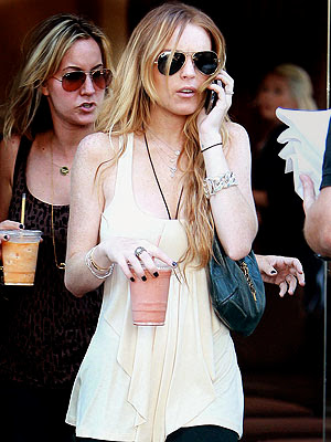 So, is Lindsay Lohan heading toward anorexia again?
