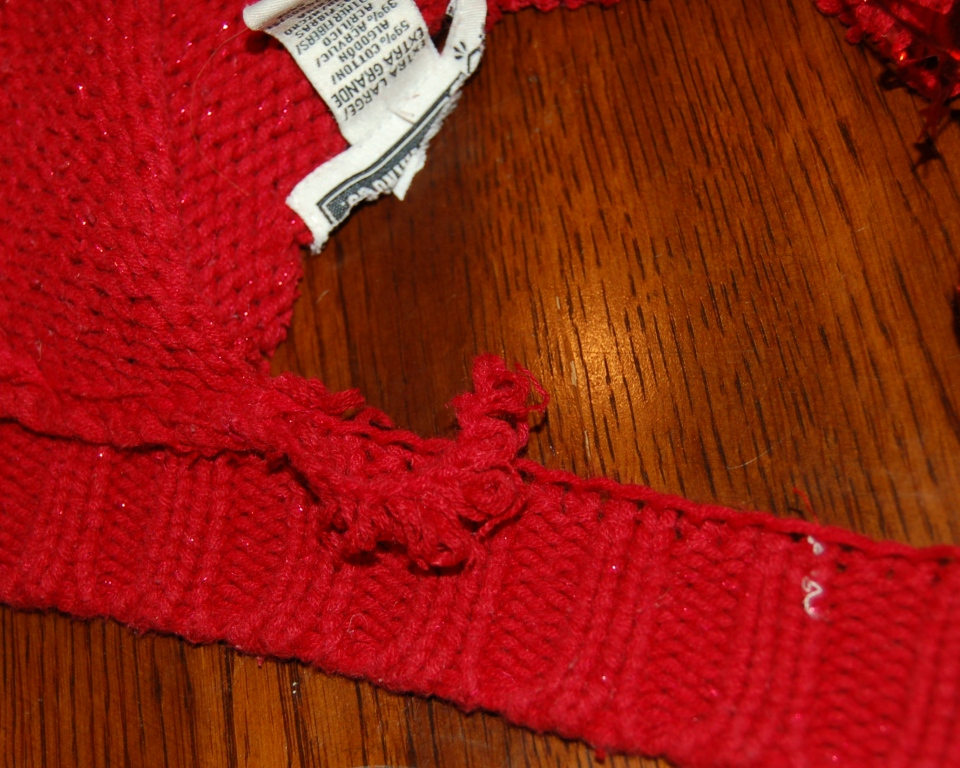 how to cut a sweater without it unraveling