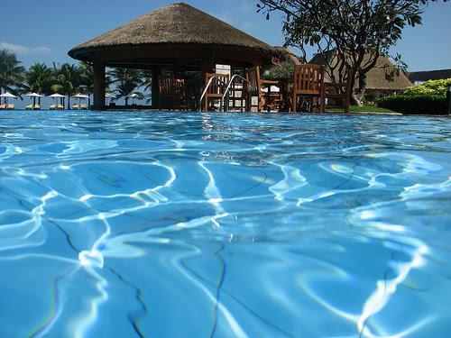 The Best Resort Swimming Beach House Resort