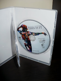 Michael Jackson's THIS IS IT Two-Disc Special Edition Polish Edition dvd2 label
