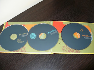 Michael Jackson Hello World The Motown Solo Collection B0012421-02 cd label