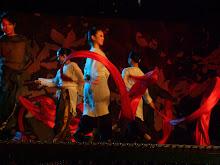 Ribbon dancers3