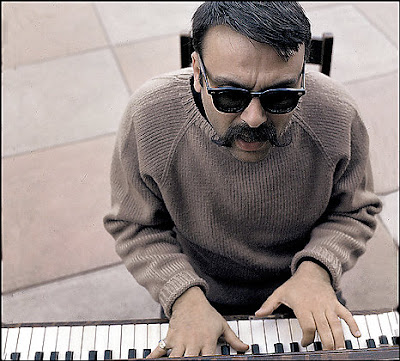 Vince Guaraldi is kind of Duke Silver-ish in this photo.