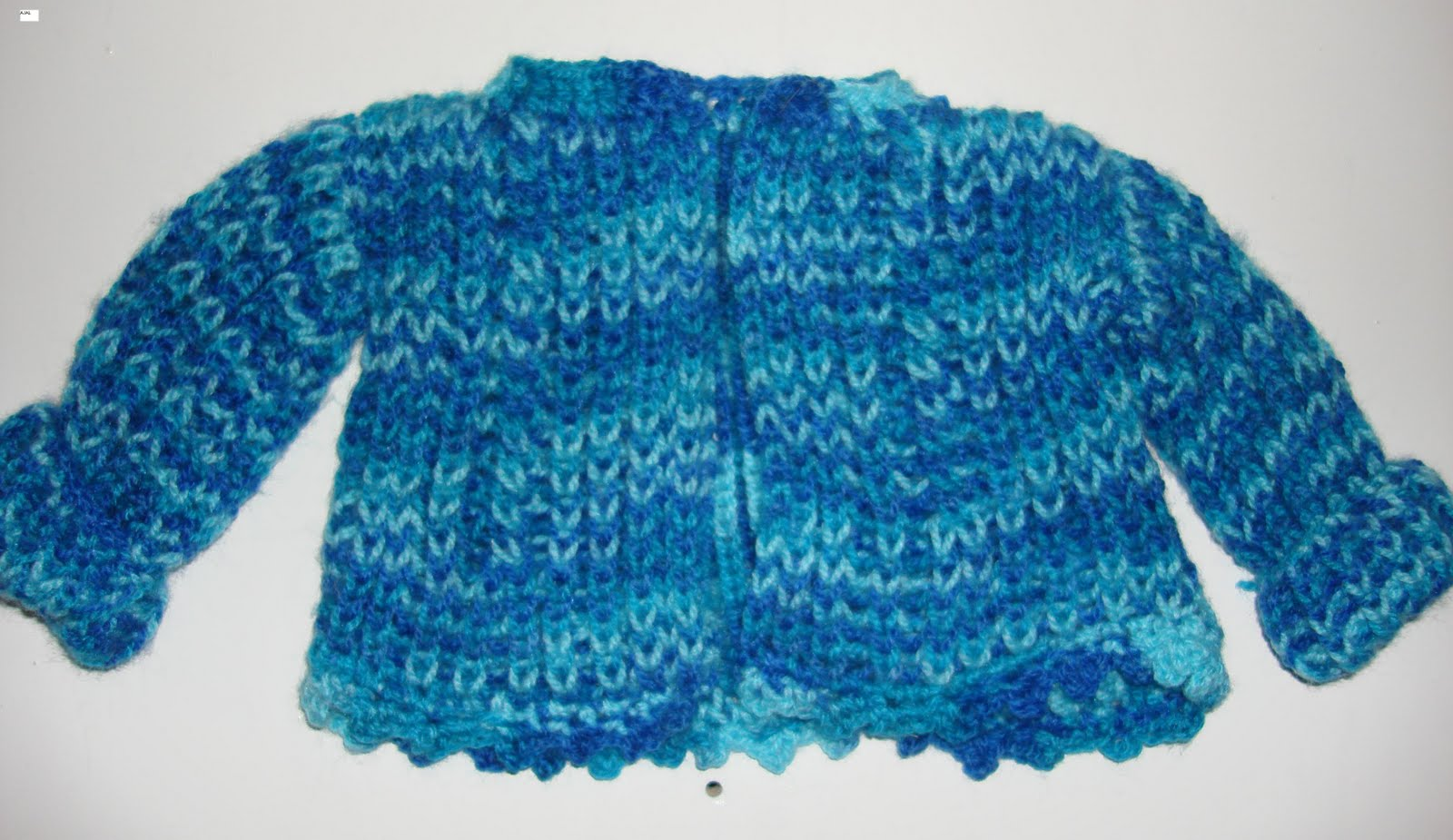 Loom Knitting Baby Patterns : LOOM KNITTING AND SOMETHING ELSE: BABY SWEATER WITH BRIOCHE STITCH