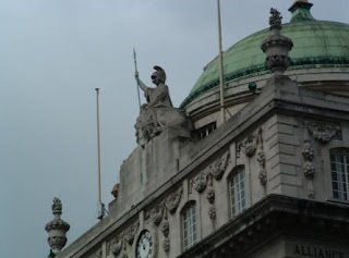 Ornate sculptures on the buildins in london
