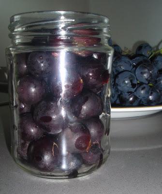 conservación de las uvas en almíbar