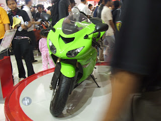 kawasaki ninja fair wallpapper