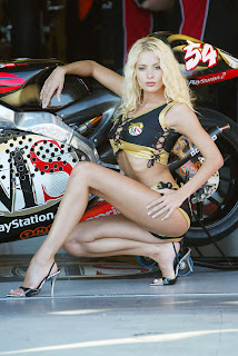 aprillia hot blonde girl