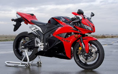 CBR red edition color