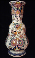 Large Velsen harmonica rim vase