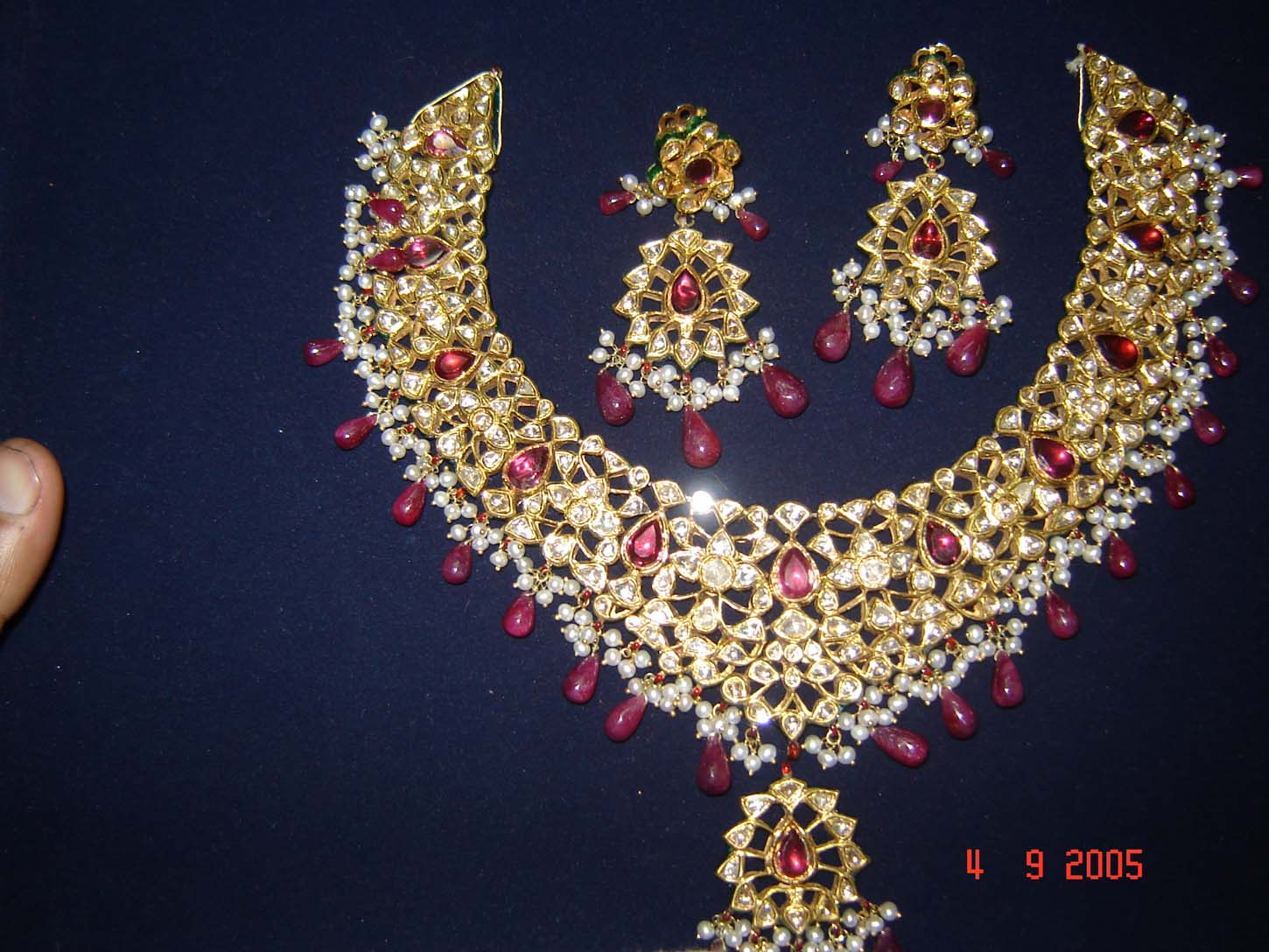 A WEDDING PLANNER Kundan Jewellery Designs