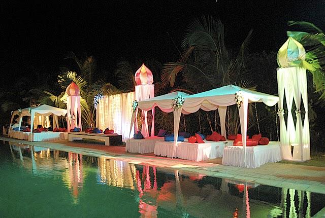 Pool Wedding Decorations