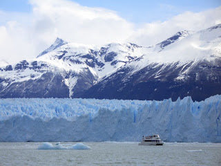 800px Perito moreno Argentinian excursions: Perito Moreno and other glaciers